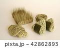 稲と麦でできた食べ物 42862893
