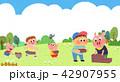 動物 子 子供のイラスト 42907955