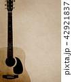 背景-紙-アコースティックギター 42921837