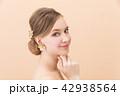 ブライダルビューティーショット 外国人女性 42938564