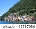 ルガーノ湖畔の小さな漁村、ガンドリア 42967030