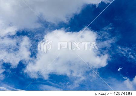 夏の雲 42974193