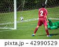 女子サッカー試合風景 42990529