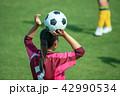 女子サッカー試合風景 42990534