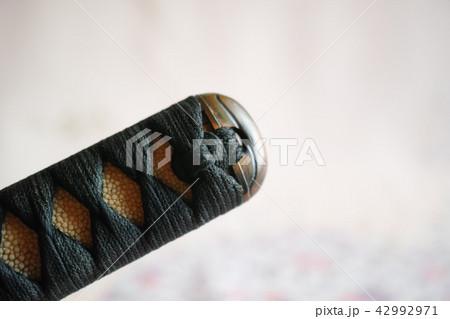 日本刀の柄頭(つかがしら) 42992971
