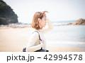 女性 ビーチ 観光の写真 42994578