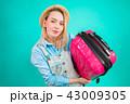 荷物 旅 旅行の写真 43009305