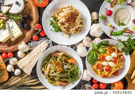 イタリアンパスタ Fettuccine pasta Italian cuisine 43014840