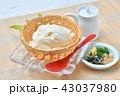 夏の寄せ豆腐、寄せとうふ、ざる豆腐、冷奴(冷やっこ)お豆腐、冷たいとうふ、イメージ。 43037980