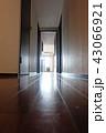 暗い廊下 43066921