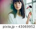 花ある暮らし 女性ポートレート 43069952
