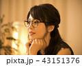 女性 20代 夜の写真 43151376