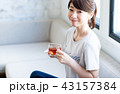 若い女性(紅茶) 43157384
