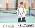 テニス 女性 ラケットの写真 43178063