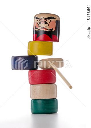 日本の木製玩具(だるま落とし) 43178664