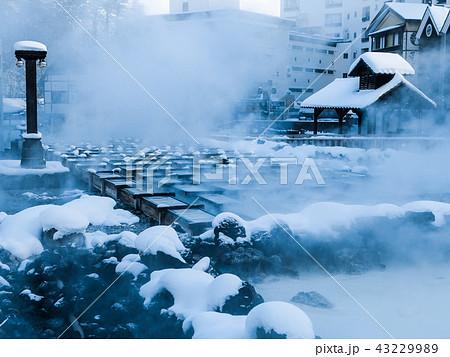 草津温泉の湯畑 43229989