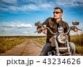 バイカー バイク 人の写真 43234626