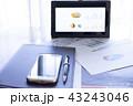 タブレット グラフ ビジネスの写真 43243046