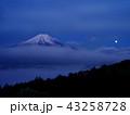 富士山 世界文化遺産 月の写真 43258728