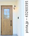 モデルハウスのお洒落な玄関ドア 43260395