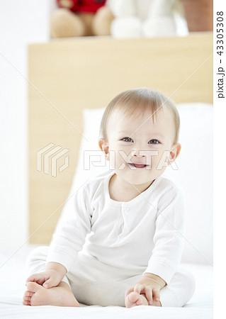 ベビー 赤ちゃん アメリカ人 43305308