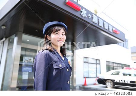 婦人警官 43323082