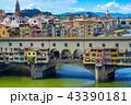 フィレンツェ アルノ川 ヴェッキオ橋の写真 43390181