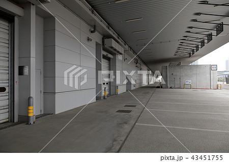 豊洲市場 青果棟 トラックバース 43451755