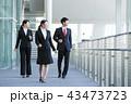 ビジネスマン 新入社員 ビジネスウーマンの写真 43473723