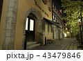 夜の中世建築風の街 43479846