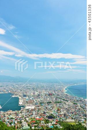 北海道 青空の函館 43501336