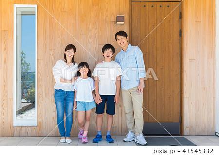 ファミリー 家族写真 43545332