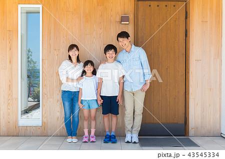 ファミリー 家族写真 43545334