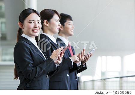 ビジネス 女性 リクルート 新入社員 オフィス ビジネスウーマン 43559669