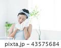 女性 若い女性 保湿の写真 43575684