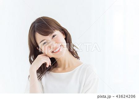 ビューティー 若い女性 43624206
