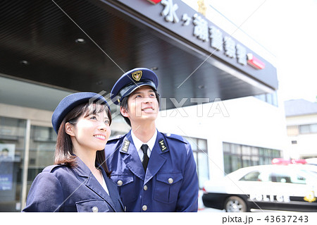 警察官 43637243