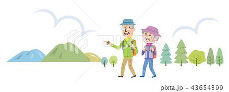 高齢者 ハイキング 登山 イラスト  43654399