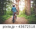 子 子供 自転車の写真 43672518
