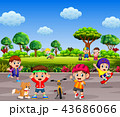 the children are playing and doing sport together  43686066