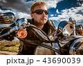 バイカー バイク 人の写真 43690039