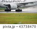 雨の離陸 43738470