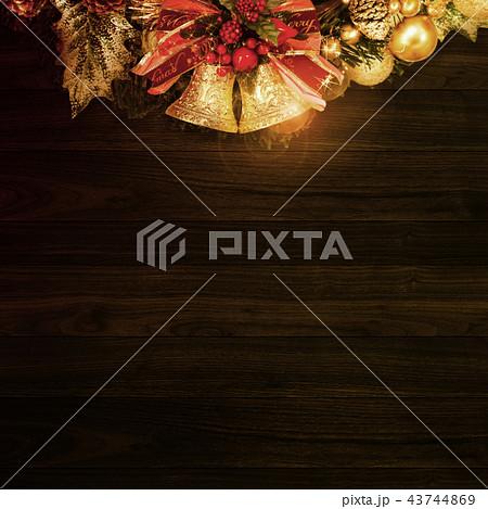 背景-クリスマス-リース-ベル 43744869