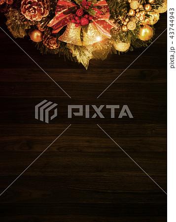 背景-クリスマス-リース-ベル 43744943