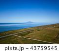 晴れ 利尻富士 海の写真 43759545