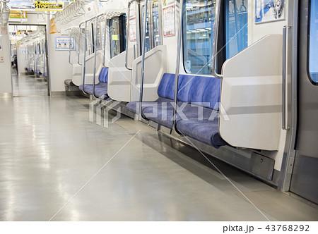 京浜東北線 E233系 車内 43768292