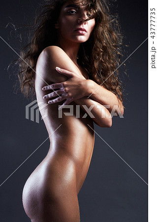 perfect body naked girl with curly Hair 43777735