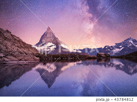 Matterhorn and reflection on the water surface 43784812