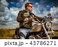 バイカー バイク 人の写真 43786271