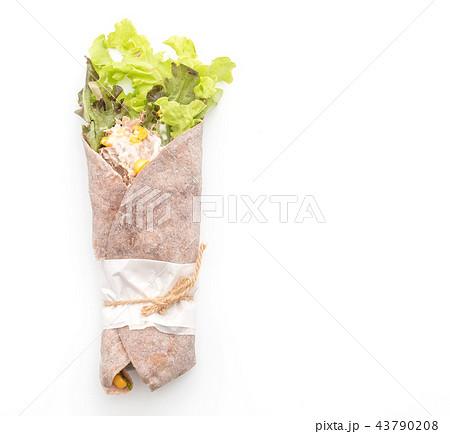 wrap salad roll with tuna corn salad 43790208